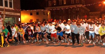 Hundreds kick off the holiday season each year by running or romping in the Reindeer Run, held as part of the City of Newark's Winterfest.